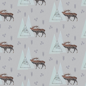 Triangle elk gray