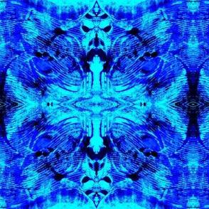 Blue/Aqua print crop-