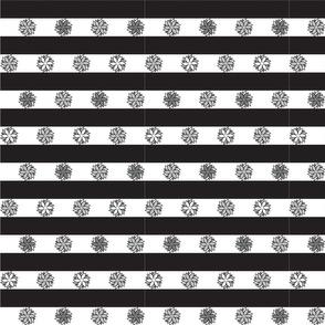 Geo Flower Stripe Black and White