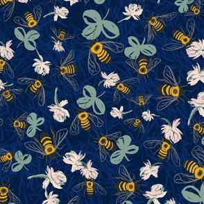 C1004_CLOVER BEE DITSY-navy-R