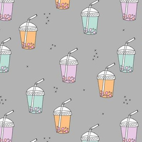 Bubble tea Japanese kawaii trend pastel cups to go lilac mint