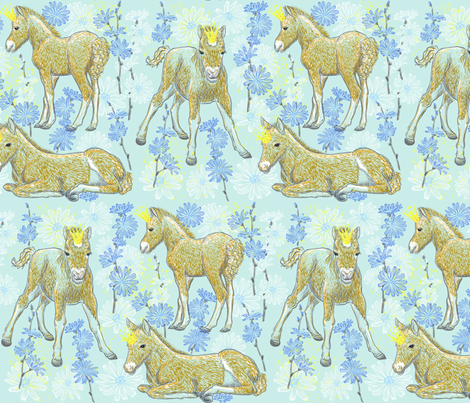 The Foal Royalty (mint) fabric by helenpdesigns on Spoonflower - custom fabric