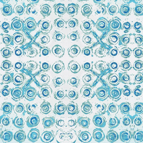 XO Abstract Circles Turquoise Blue on White