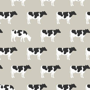 cows on beige - farm life - farm patchwork fabric - browns coordinate C18BS