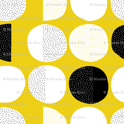 Abstract moon cycle Scandinavian minimal retro circle design gender neutral yellow jumbo
