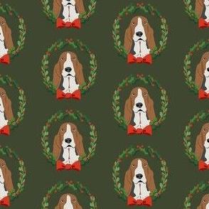 basset hound christmas wreath dog breed fabric green