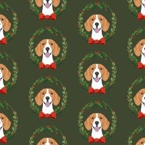 beagle christmas wreath dog breed fabric green