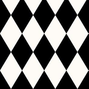 Harlequin Pattern: Black and Cream