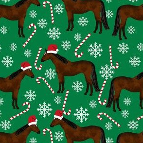 bay horse peppermint christmas holiday horses fabric green