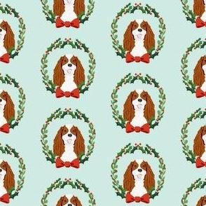 cavalier blenheim coat christmas wreath dog breed fabric blue