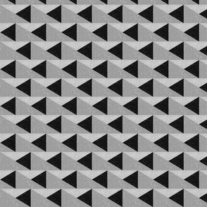 TRIANGULOS - grayscale