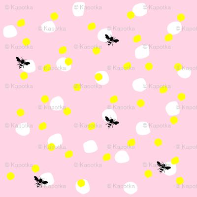 Polka dots with bees