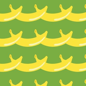 fruits_banana_garland_green_bg_seaml_stock