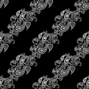 Paisley black. Diagonal