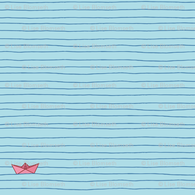 Paper_boat_on_ocean_preview