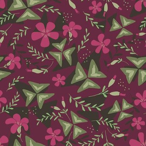 Purple Shamrock Floral Layered / Purple