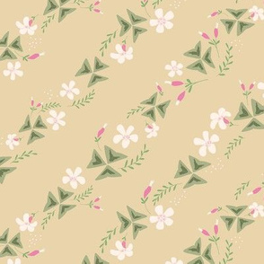 Purple Shamrock Floral Diagonal / Beige