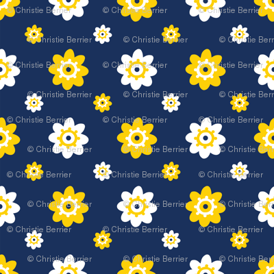 Michigan Wolverines Navy with White and Yellow Flowers