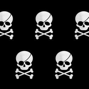 Pirate Skull white on black
