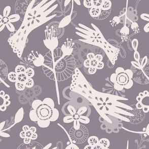 Gloves & Flowers heather