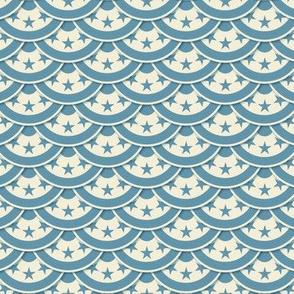Vintage Flag Scallop - Blue on White