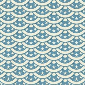 Vintage Flag Scallop - White on Blue