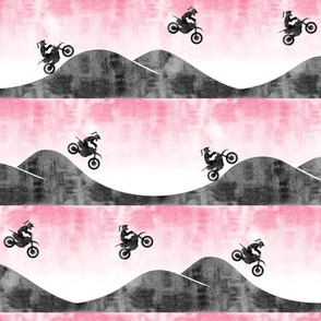 (small scale) motocross / dirt bike || pink with ponytail C18BS