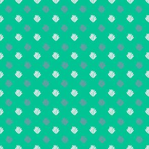 Small dotted fan pattern on green