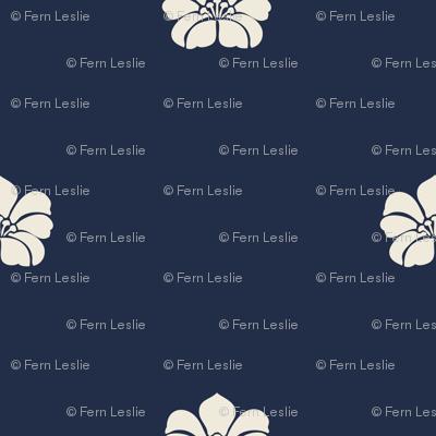 Floral Sparse - Cream, IIndigo