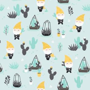 Succulent Garden - gnomes - mint