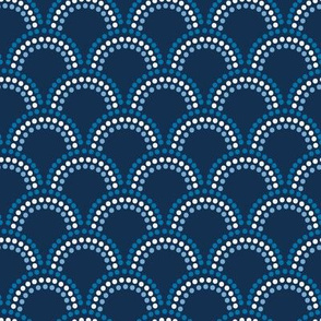 Dotted Scallop in Blues