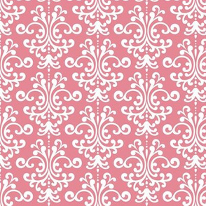 damask berry cream