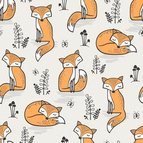 Dreamy Fox in Cloud Grey Smaller
