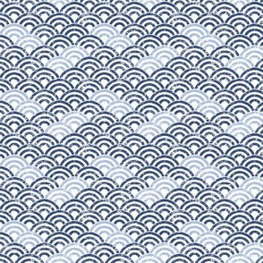 Trois Arcs Scales in China Blue