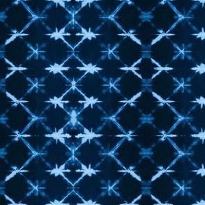 Shibori Diamonds 1 - medium, reverse indigo