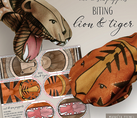 Biting Lion and Tiger / Cut-and-Sew Puppets