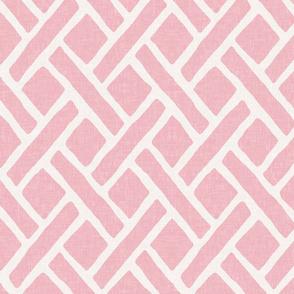 Savannah Trellis // Pink
