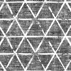 (large scale) textured triangles - woven dark grey