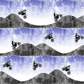 (small scale) motocross / dirt bike || royal