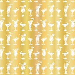 Luxury Gold Foil Frosty Cocktail Glasses Seamless Pattern Background