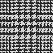 Large scale knitted houndstooth plaid black & white