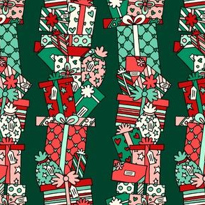 Stacked Pressies in Green & Red