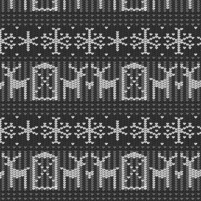 Reindeer barn gray 8x8