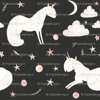 "8"" Good Night Unicorn // Chalk Black"