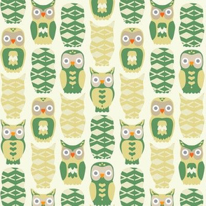 Owls and Hearts in Green&Yellow