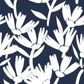 Navy daisy jumbo