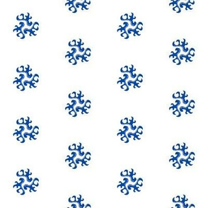ornament - chinoiserie style white-blue