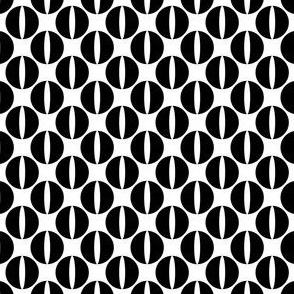 Catseye Circle - Black on White