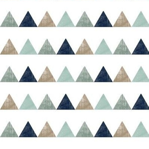 textured triangles (white background) C18BS