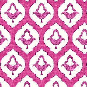 moroccan trellis pink